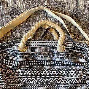 No Boundaries NWT Duffle Bag